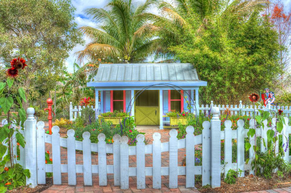 Free photo garden house flowers green blue free for Classic house with flower garden