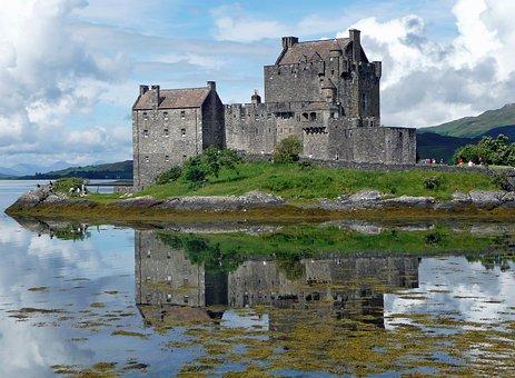 Eilean Donan Castle, Castle
