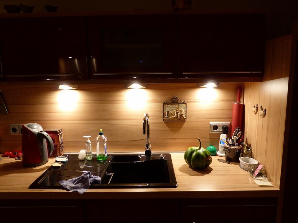 Küchendeko küchendeko light free photo on pixabay