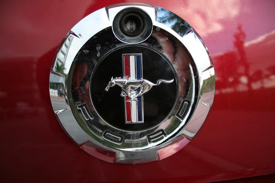 gambar mobil ford mustang gt ford t mustang ford