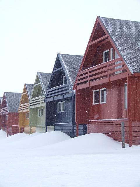 Gratis foto huizen kleuren noorwegen sneeuw gratis afbeelding op pixabay 657252 - Foto huizen ...