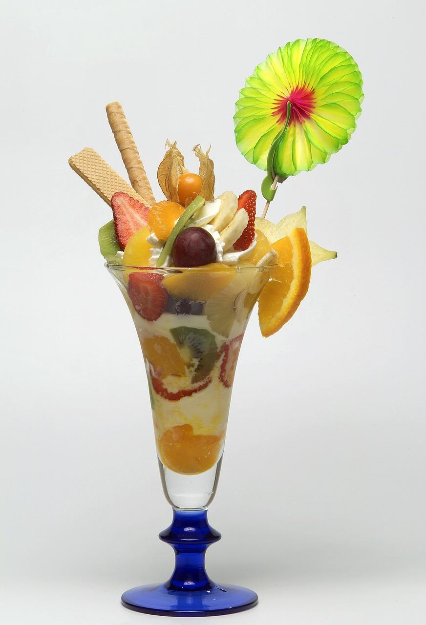 Открытка мороженое с фруктами, днем рождения киригами