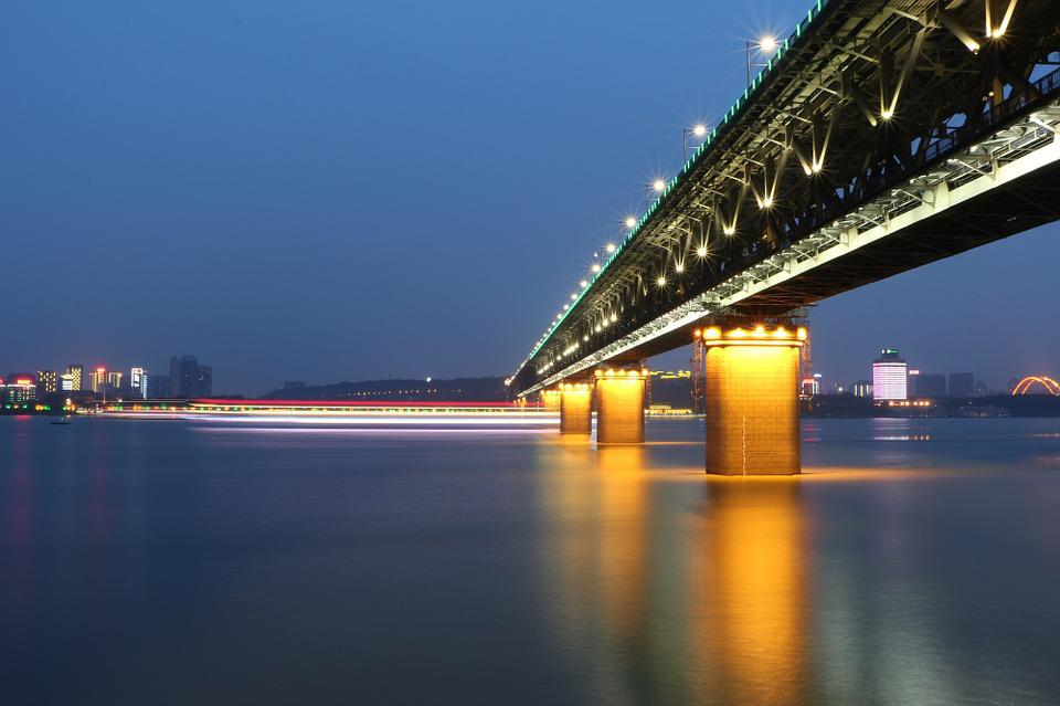 Wuhan, Wuhan Yangtze River Bridge, Der Jangtse