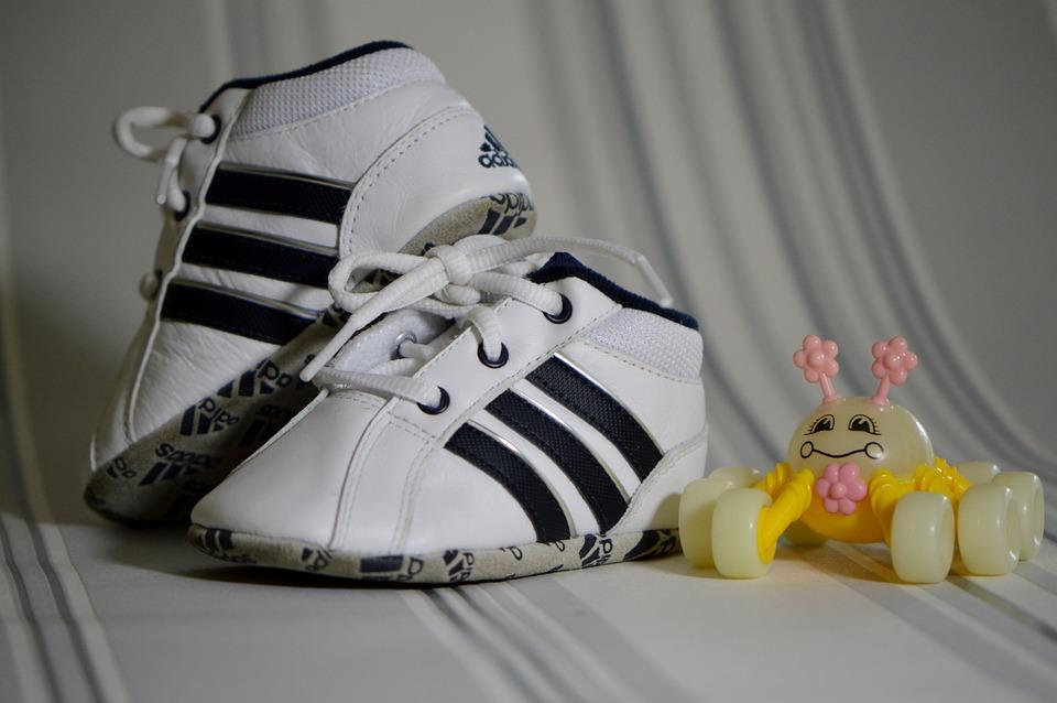 sportskor adidas
