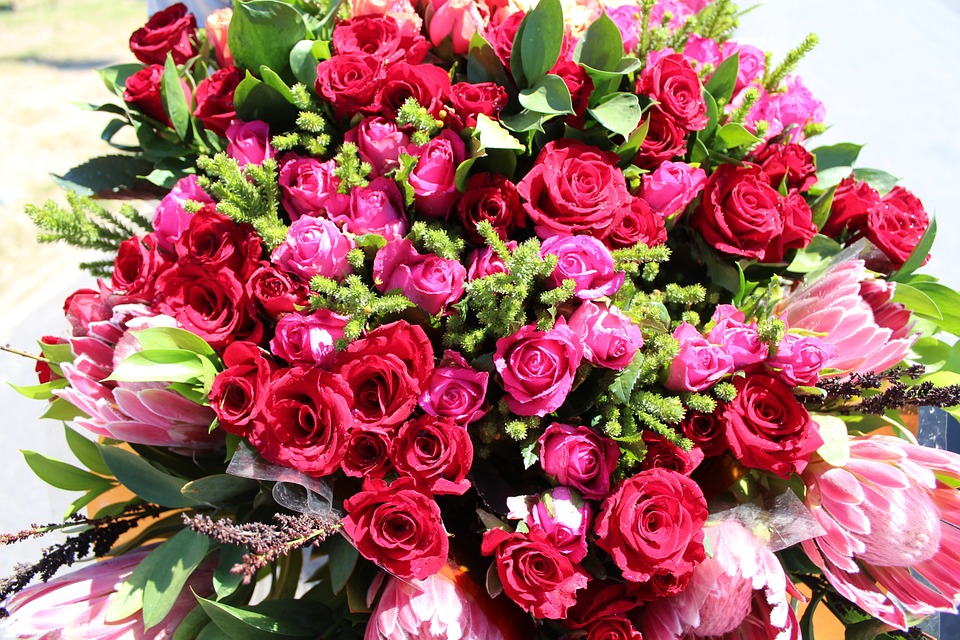 Photo gratuite fleurs roses bouquet de roses image for Bouquets de roses