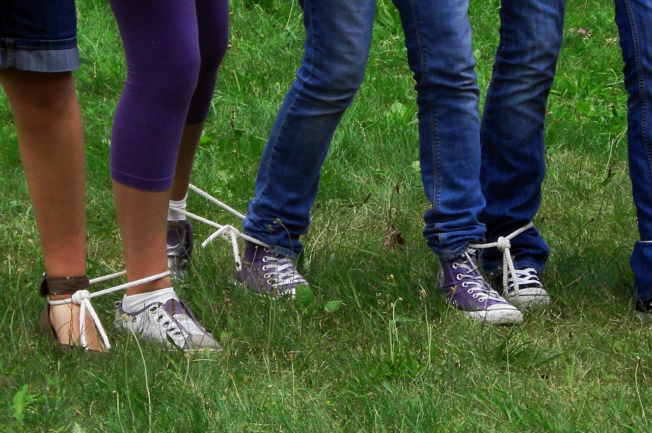 Fesseln beine Geschwollene Füße