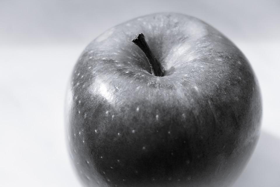 Apple frutas preto foto gratuita no pixabay apple frutas preto branco vitaminas saudvel altavistaventures Choice Image