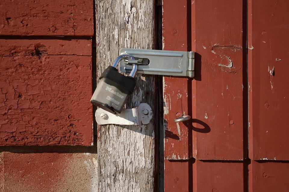 lock locked door security secure safe safety & Free photo: Lock Locked Door Security - Free Image on Pixabay ...