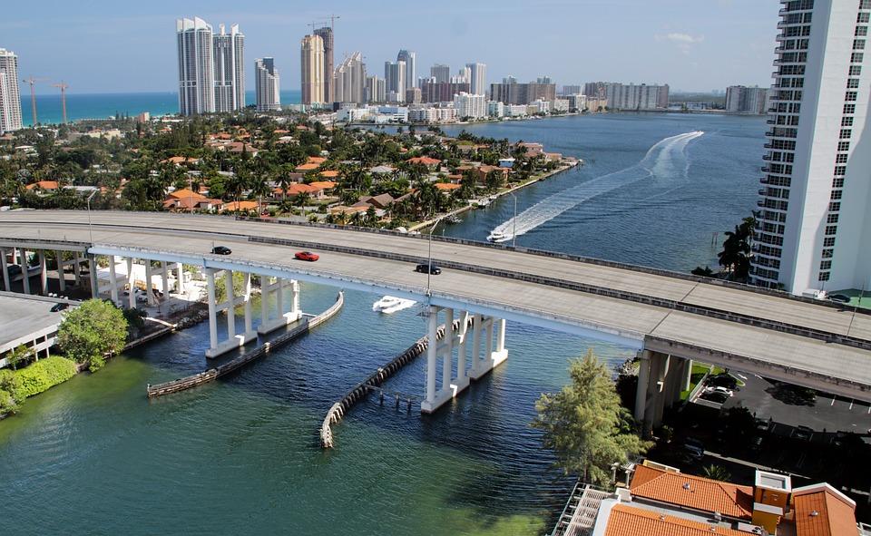 picture of Miami bridge