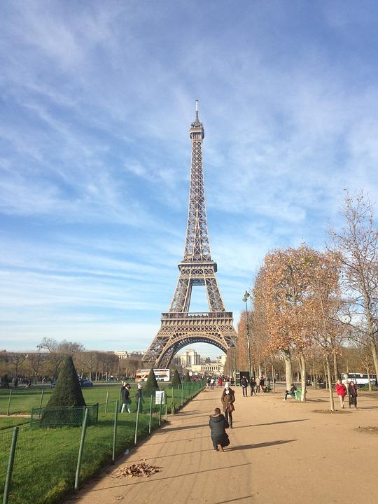 680 Gambar Pemandangan Eiffel Gratis Terbaik