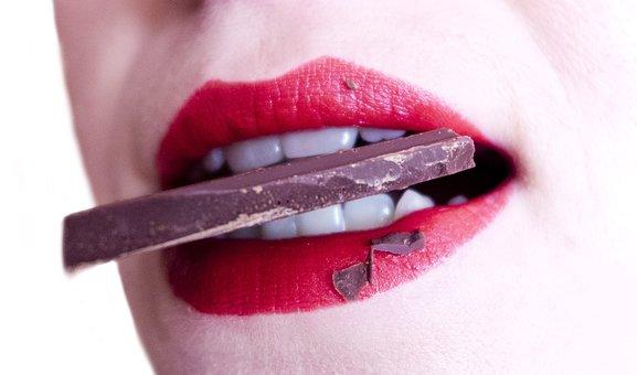 女性, 口, 歯, お菓子, チョコレート, かむ, 口, 口, 口, お菓子