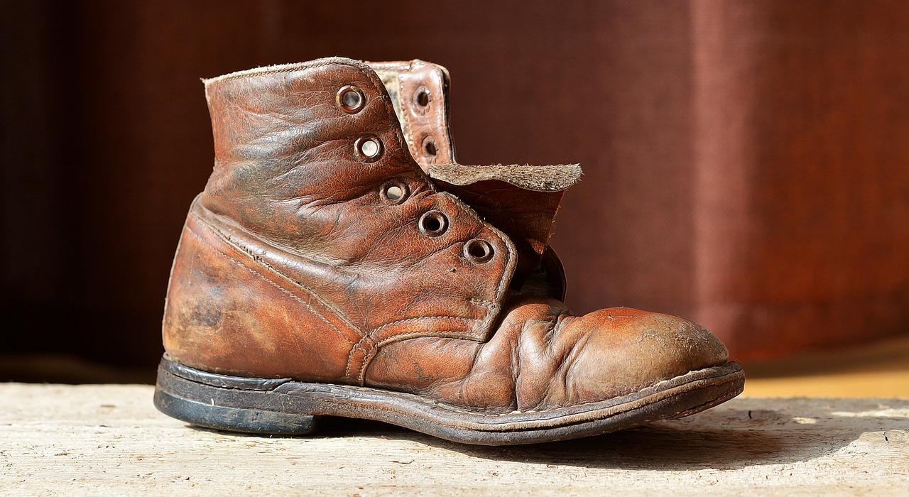 вам картинка старого ботинка хотите