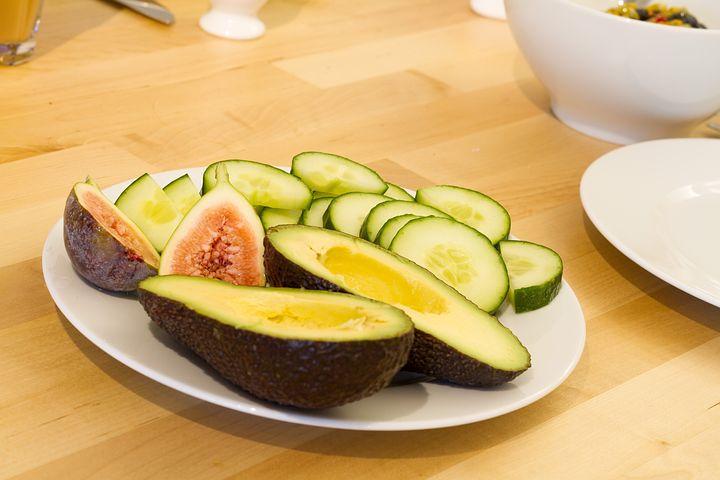 Авокадо - чем полезен, вред и противопоказания авокадо ...