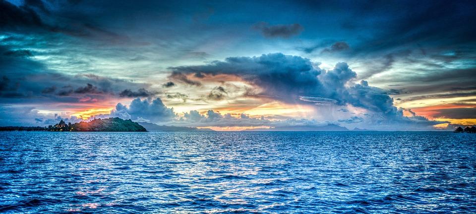 Bora Bora, Polinesia Francesa, Puesta De Sol, Océano