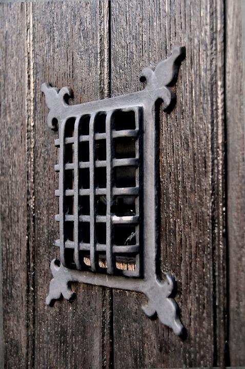 Porte Judas Voir Grille Bois Ancien Mediéval