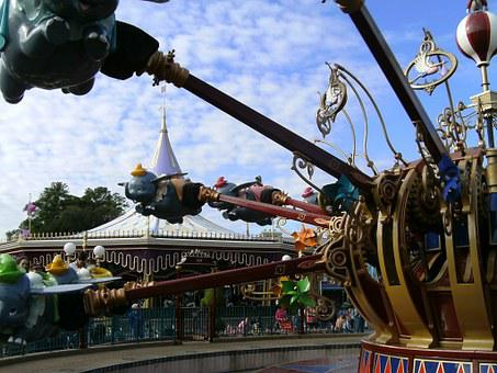 Dumbo Ride Disney World Up And Down Disney
