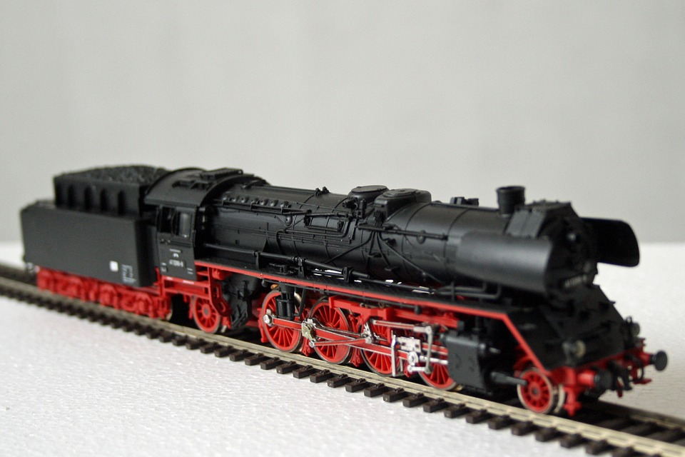 Kostenloses foto modelleisenbahn dampflok