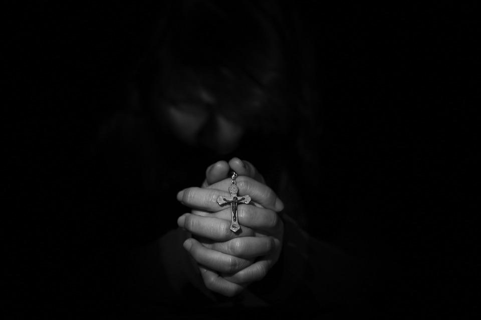 Anger, skyld og behovet for tilgivelse og forsoning er universelle menneskelige følelser og behov uavhengig av religiøse tradisjoner.