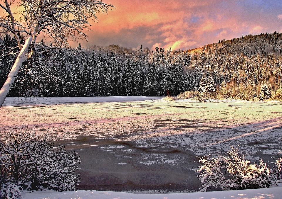 Foto gratis paesaggio invernale colori immagine gratis for Disegni paesaggio invernale