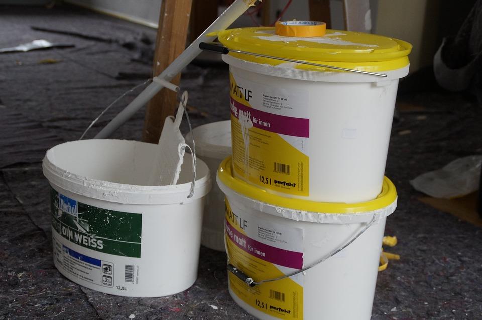 Renovieren, Anstreichen, Maler, Malerarbeiten, Leiter