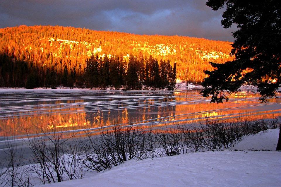 Foto gratis paesaggio invernale ghiaccio immagine for Disegni paesaggio invernale
