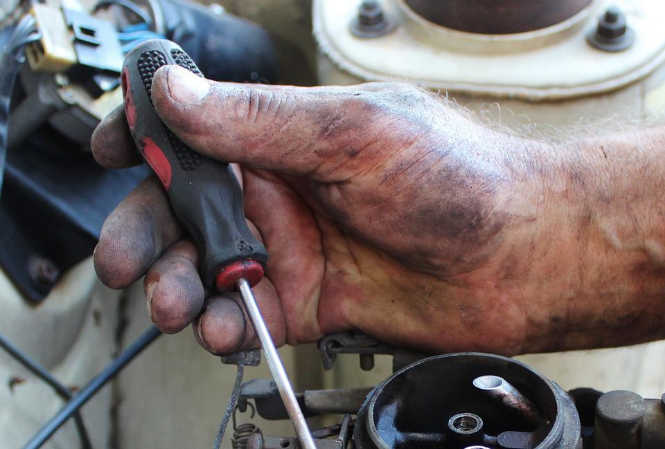 Hand, Mechanic, Carburetor, Screwdriver, Mount