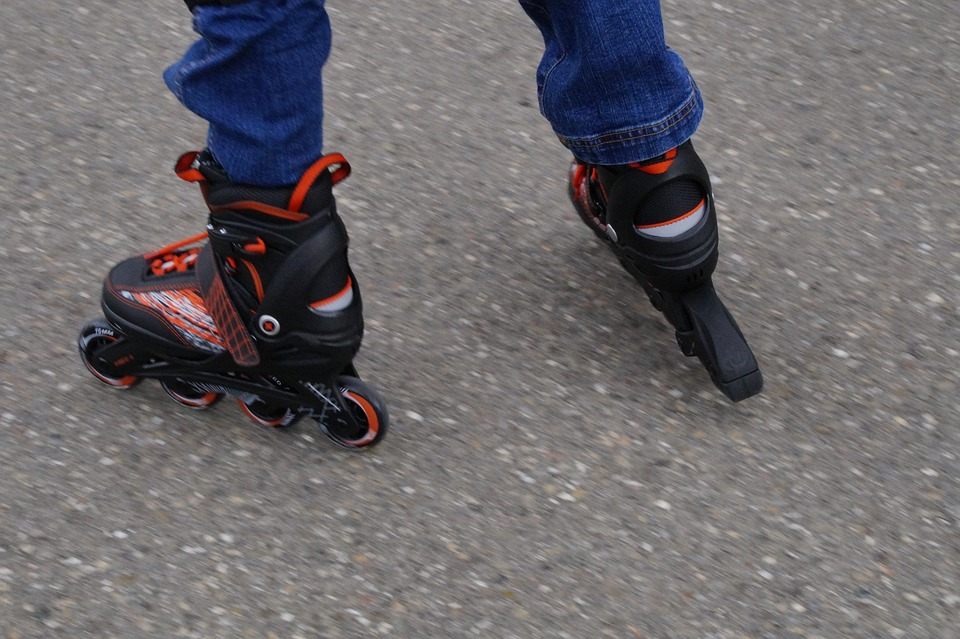 Fun Roll Adjustable Skates For Shoes