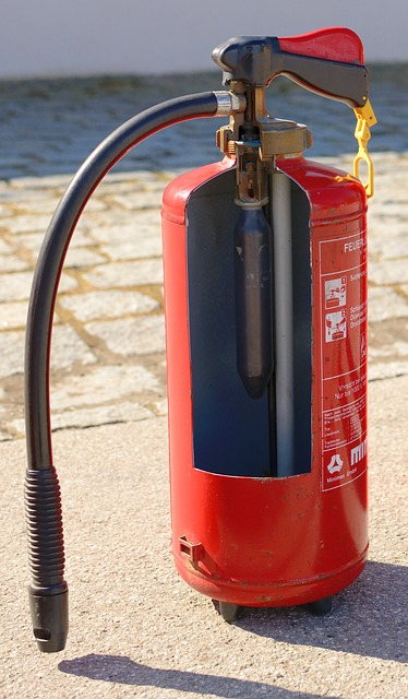 A fire extinguisher for her asshole camg8 - 4 7