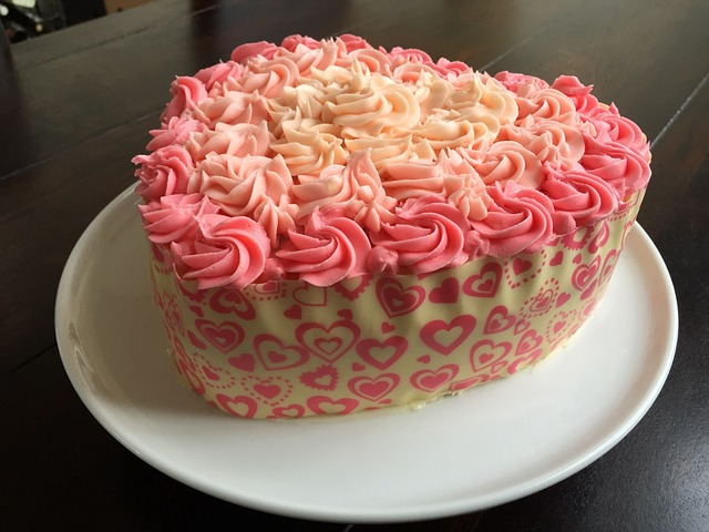 Free Photo Cake Heart Roses Butter Cream Free Image