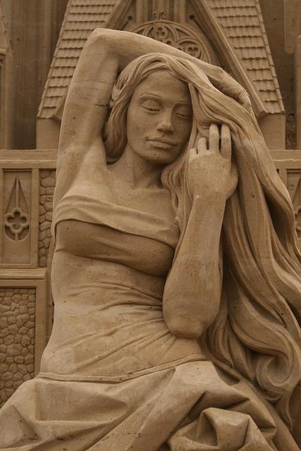 Free photo sand sculpture image