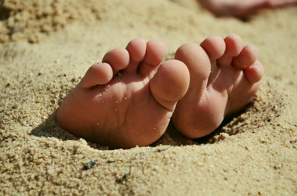 Stopy, Písek, Deset, Naboso, Pláž, Léto, Sandy