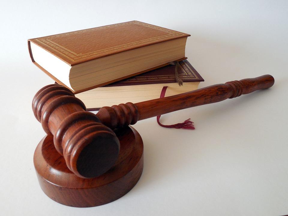 Un marteau de juge.   Photo : Pixabay
