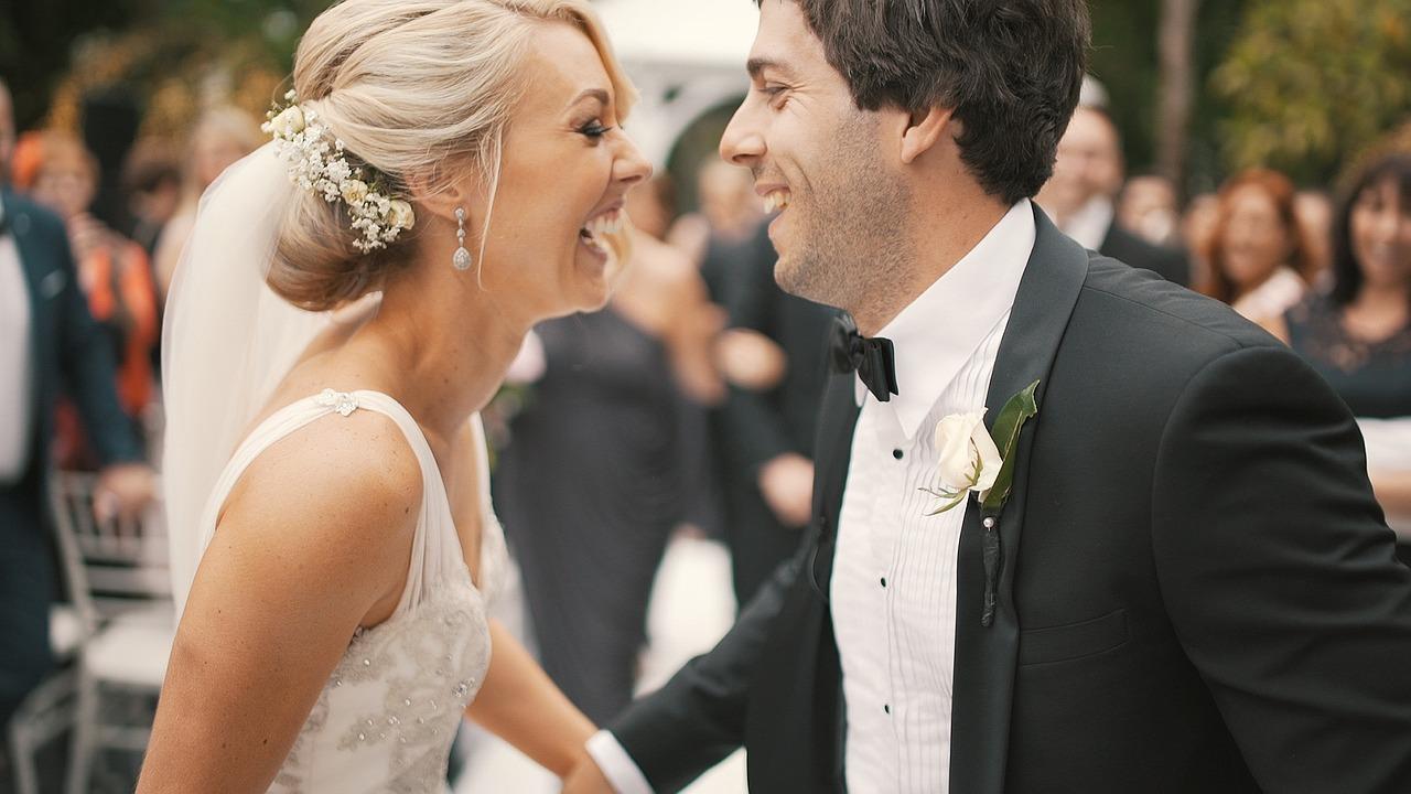 Marriage Day Flower Arrangements: An Insight