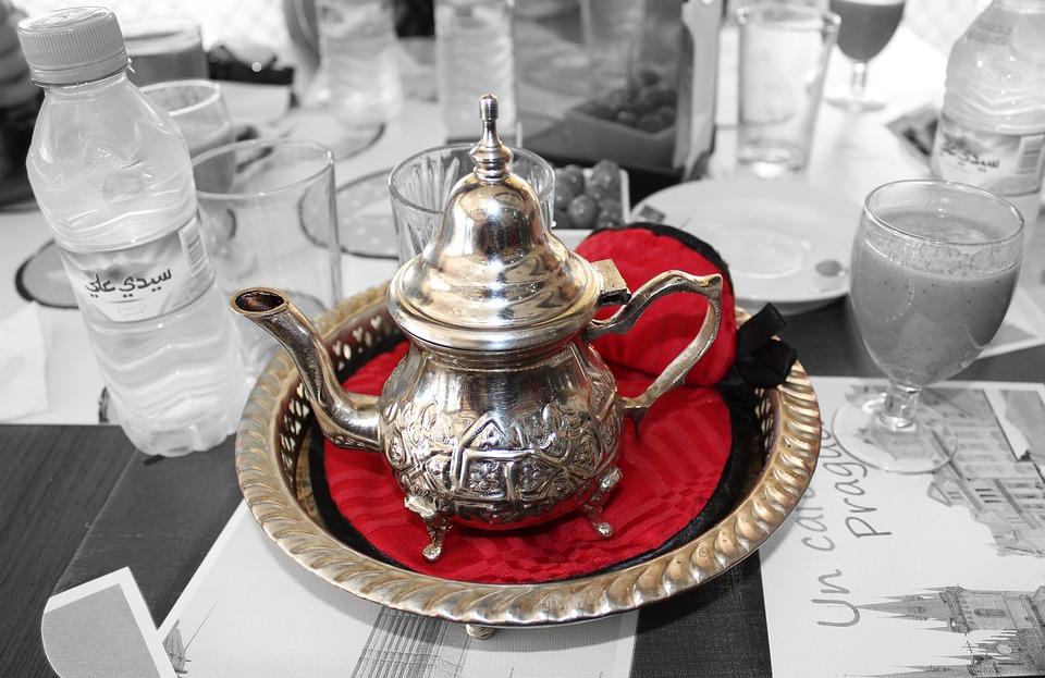 Чай, Марокко, Путешествия