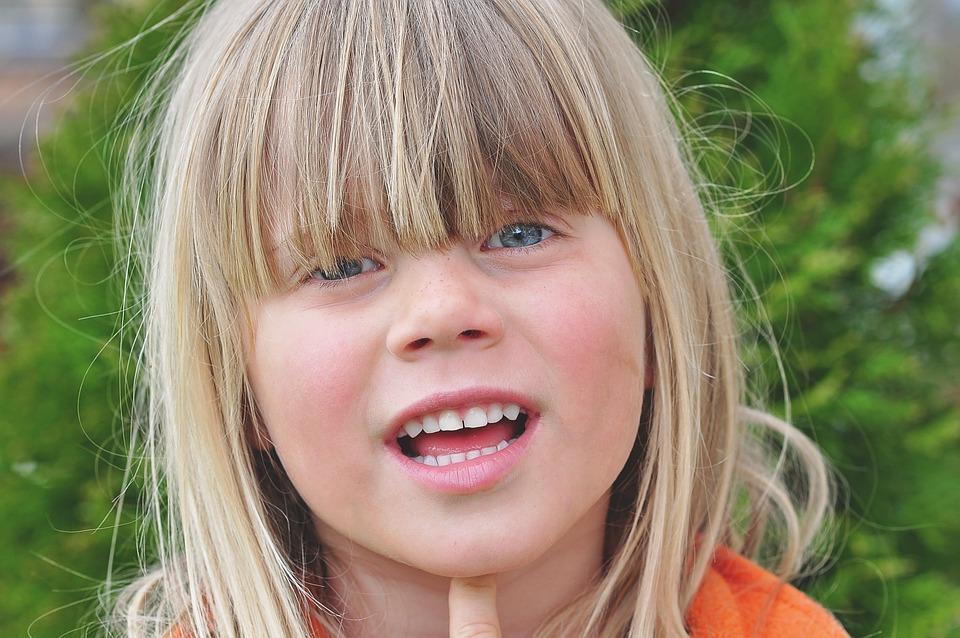 Barn Flicka Blond Långt · Gratis foto på Pixabay