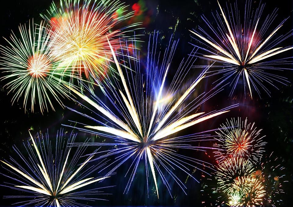 Illustrazione gratis fuochi d 39 artificio razzo notte - Immagini stampabili a razzo ...