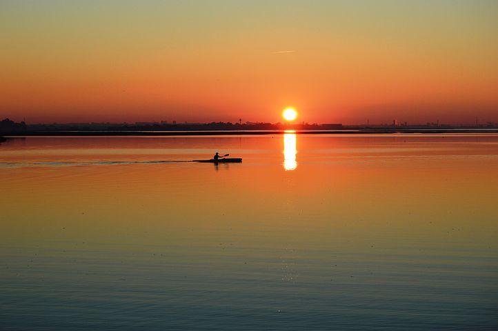 sunset-728632__480.jpg