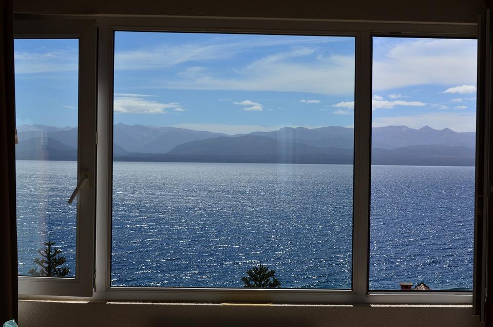 Blick aus dem fenster bilder  Kostenloses Foto: Blick, Fenster, See - Kostenloses Bild auf ...