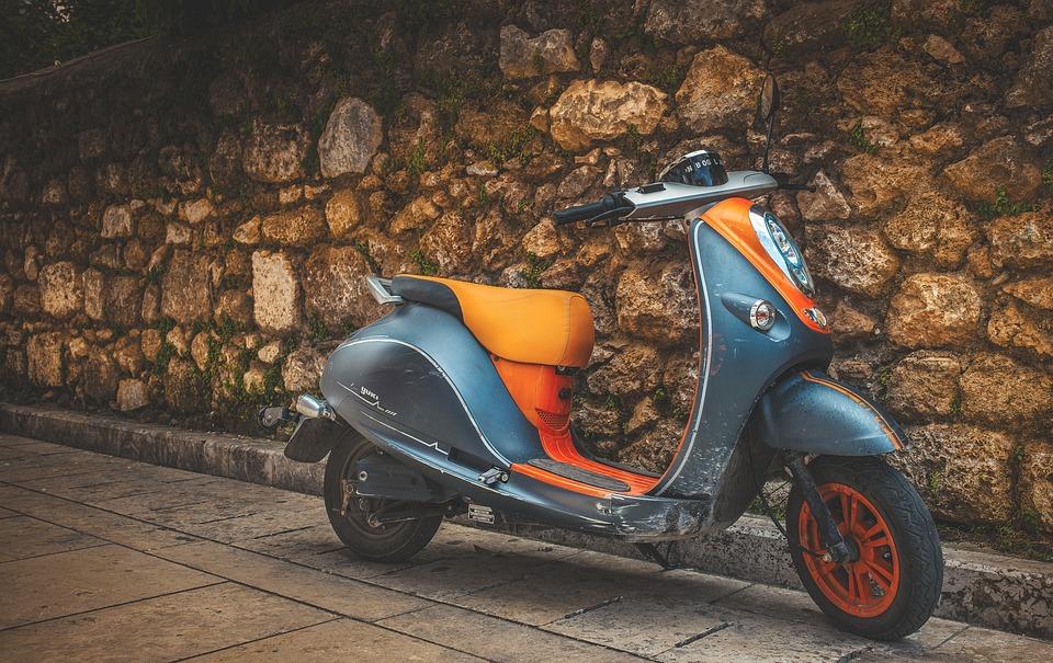 Motobike, Street, Holiday