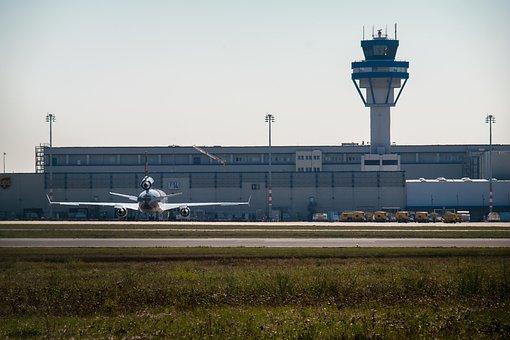 Aeropuerto, Torre, Aeronaves