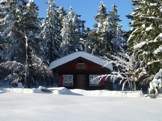 kostenloses foto h tte schnee winter kostenloses bild auf pixabay 733522. Black Bedroom Furniture Sets. Home Design Ideas