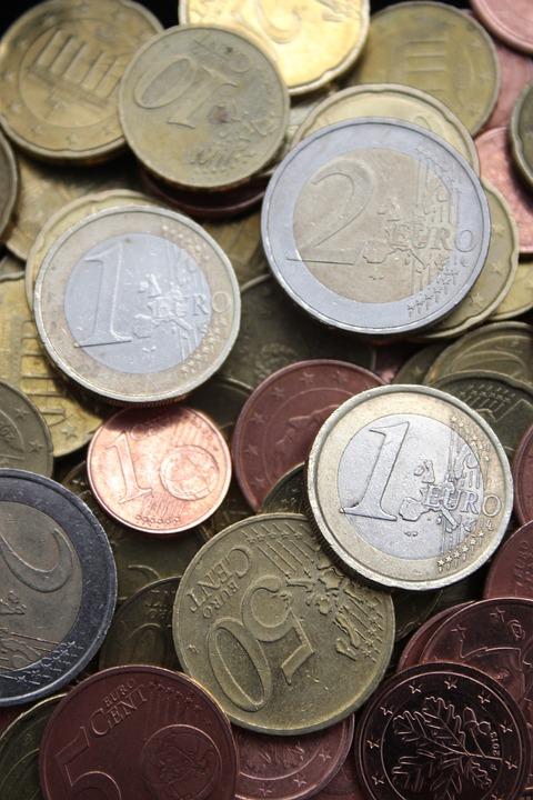üzleti pénzt euróra visszajelzés a pénzkeresésről az interneten