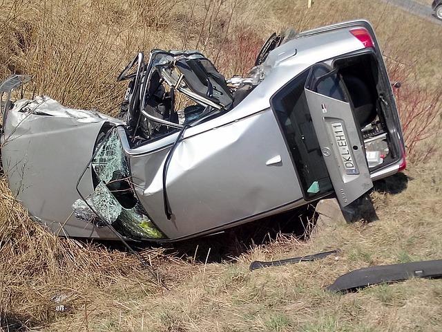 Car Wrecks: Free Photo: Accident, Auto, Crash, Car, Road