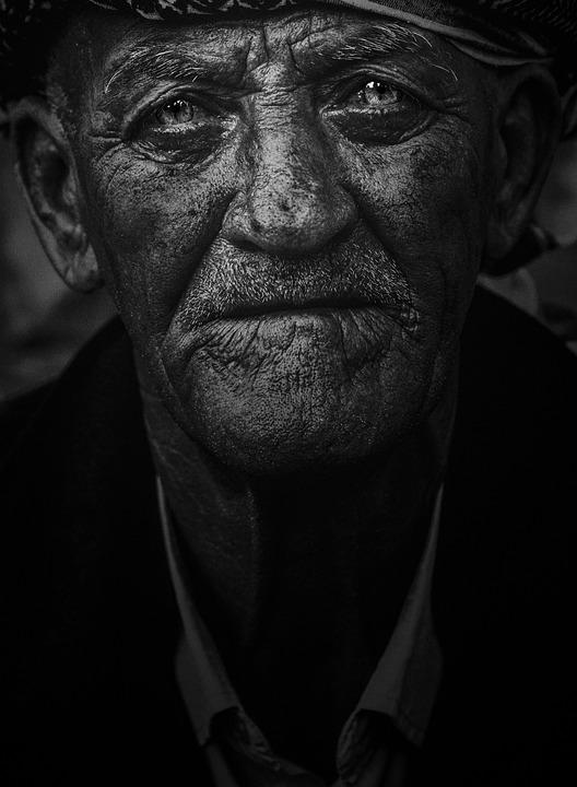 Images de vieil homme gay