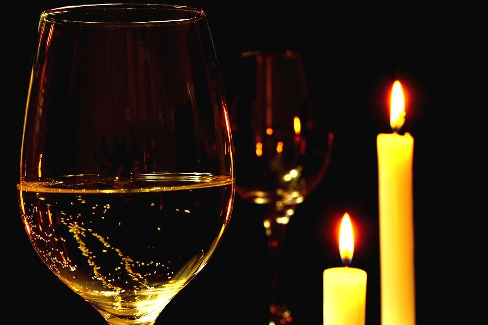 Romantice, Cina Romantica, Vin, Vin Alb, Castron