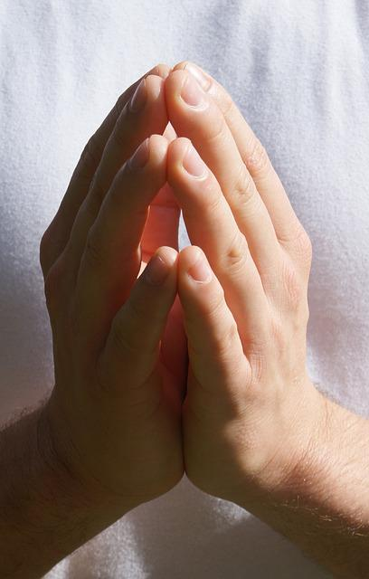 how to close a prayer