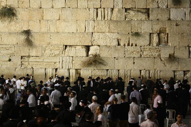 western wall israel prayer  u00b7 free photo on pixabay