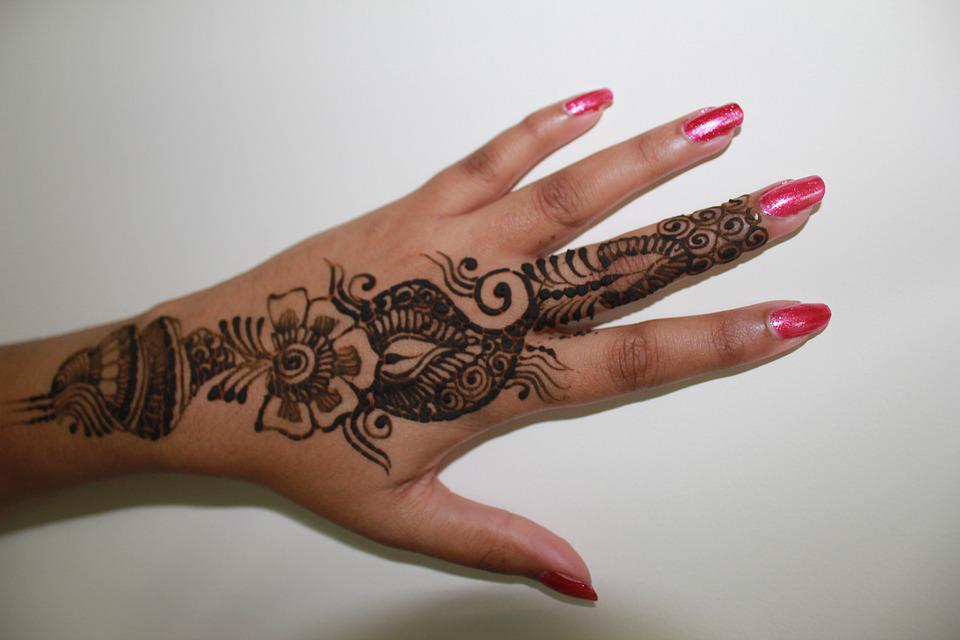 Mehndi Drawing Pictures : Top mehndi designs to try in