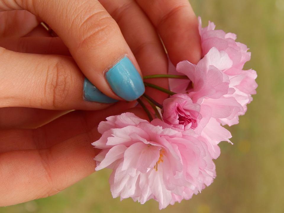 Hand Nails Flowers · Free photo on Pixabay