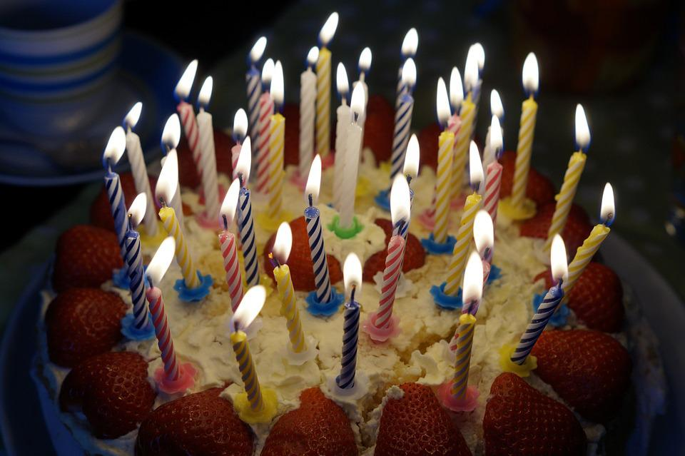 Birthday Cake Burn Candles Candlelight Age